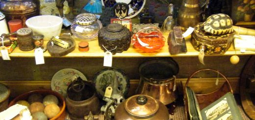 Market Antiques Aberdare