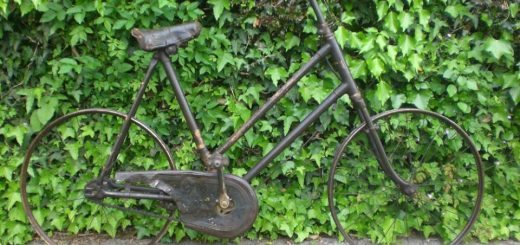 Child's Bike at Trecastle Antiques Centre